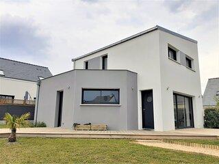 LA TURBALLE ! Maison neuve idéalement située!