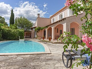 Nice home in Les Matelles with Outdoor swimming pool, WiFi and 4 Bedrooms (FLH36
