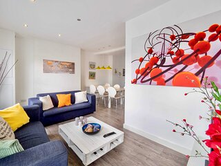 Beautiful Flat in London-Mins To Central London