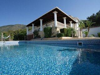 Pomos Harbourbiew Villa