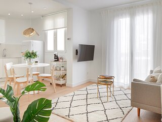 Moneo by FeelFree Rentals