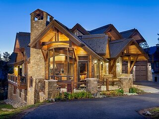 Magnificent Custom Home Right by the Slopes-Every Amenity Imaginable to Enjoy