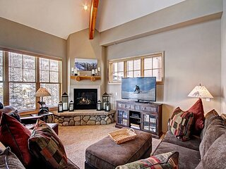 Corral 306E: Walk to Town and the Slopes from this Cozy Warrior's Mark Condo