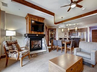 Enjoy the Ultimate Convenience and Amenities in this Ski in/Ski out Luxury Co