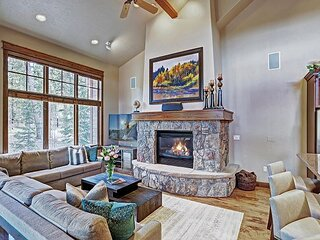 Cucumber 71: Stunning and Exclusive Breckenridge Townhome - Gondola Access