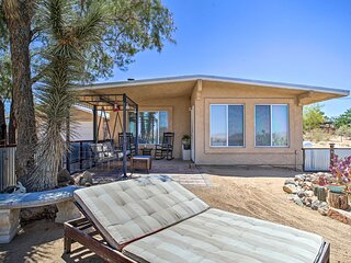 NEW! Funky & Colorful Desert Abode by Joshua Tree