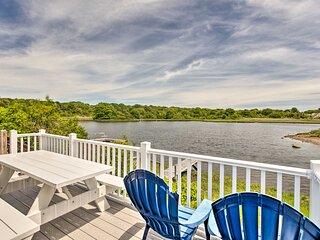 Narragansett Cottage w/ Pvt Dock & Outdoor Shower!