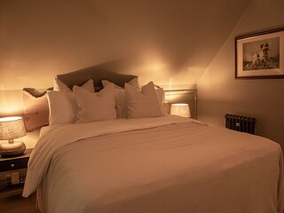 Beautiful 1 Bedroom property in Surrey Hills