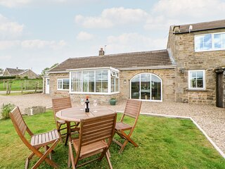 HURY LODGE, pet friendly, luxury holiday cottage, with a garden in Baldersdale