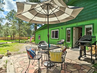 NEW! Peaceful Woodland Park Home w/ Patio & Grill!