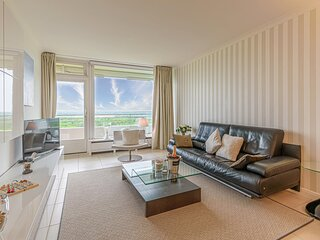 Awesome apartment in Timmendorfer-Strand with WiFi, Outdoor swimming pool and 1