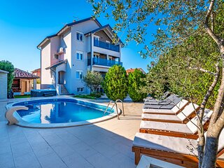 Nice home in Zadar with WiFi and 8 Bedrooms (CDA310)