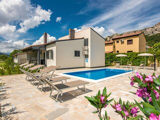 Amazing home in Jurandvor with Outdoor swimming pool and 3 Bedrooms (CKI201)