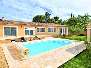 Stunning home in Mornas with Outdoor swimming pool, WiFi and 4 Bedrooms (FPV757)