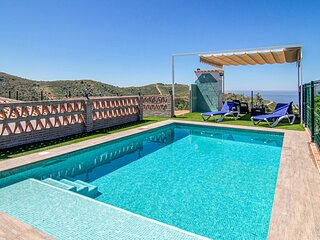 Amazing home in Torrox with 3 Bedrooms (EAN803)