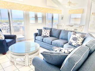 Ocean Front - Spectacular Views -Pets OK- 2nd FL w interior stairs & 3 Ext stair