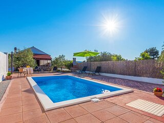 Stunning home in Bilice with WiFi, 1 Bedrooms and Outdoor swimming pool (CDJ641)