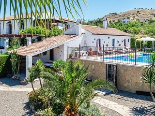 Beautiful home in Pizarra with 7 Bedrooms (EAC091)