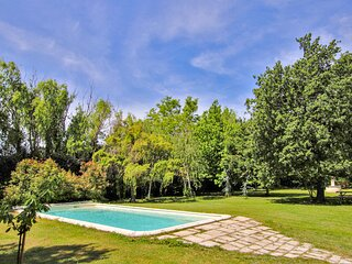 Amazing home in Salon de Provence with WiFi and 1 Bedrooms (FPB163)