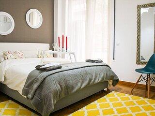 Outstanding One Bedroom Flisvos Apartment