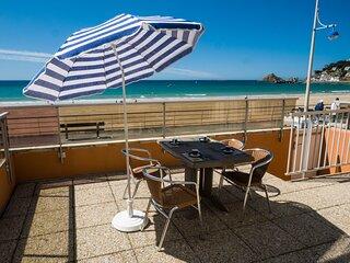 La Digue - Appartement et terrasse vue mer - accès direct à la plage