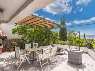 Nice home in Pinezici with WiFi and 4 Bedrooms (CKK995)