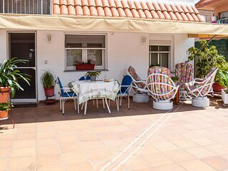 Awesome home in Los Alcazares with WiFi and 2 Bedrooms (ECC713)