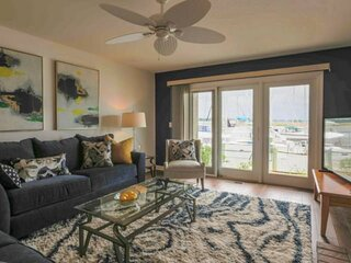 Enjoy Sunset Views Over the Bohicket River & Marina!  Community Pool.  Walk to R