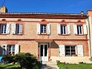 Gite 10 pers.+ 2 ,avec piscine, 350m2, labellisé 4clés, au Sud de Toulouse s