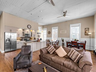 Newly Renovated Apartment in Downtown Greensboro