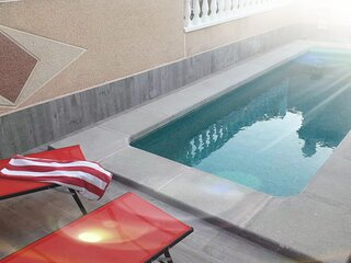 3 Bed House w/ private pool and bar in dream hills