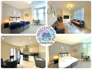 Madeley House: Huge bedrooms, two ensuites, gorgeous house!