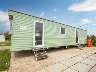 Superb 8 berth caravan for hire at Skipsea Sands Holiday Park ref 41065SF