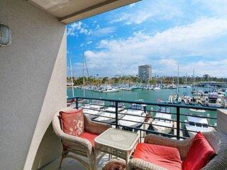 Ocean/Harbor View - Top Floor Corner Unit 301B