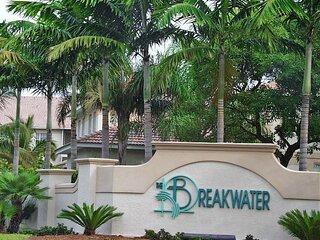 Breakwater at Pelican Bay 204