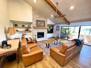 Luxury Modern Mountain Home Oasis, Sleeps 9!