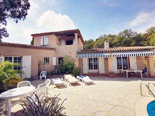 Villa piscine vue mer Les Issambres