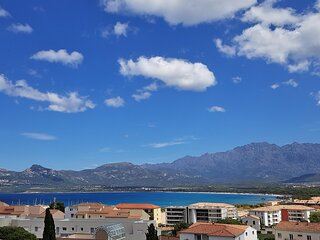 Magnifique T4 climatisé de 82m², dans villa à Calvi