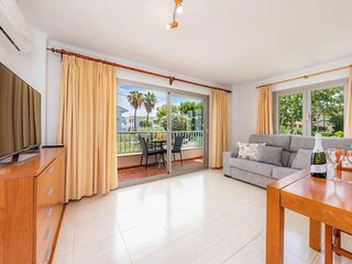 Rosa 9 Apartment, 50 meters from the beach