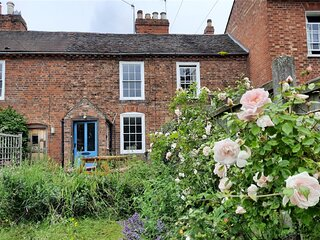 Charming, Grade2 Listed cottage, Upton-upon-Severn