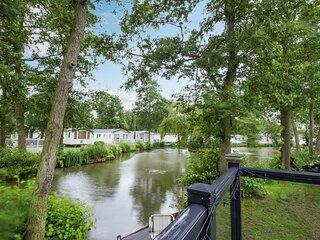 Stunning lodge boasting lake views at Weely Bridge Holiday Park ref 69005L