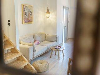 Livin Hydra 2 •Duplex Luxury Apartment•