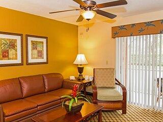Spacious Villa Between Universal & Disney w/ Heated Resort Pools & Free Parking