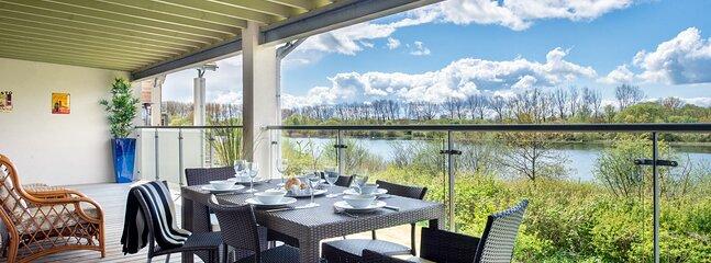 Somerford Keynes Town House Sleeps 4 - 5893120, vacation rental in Kemble