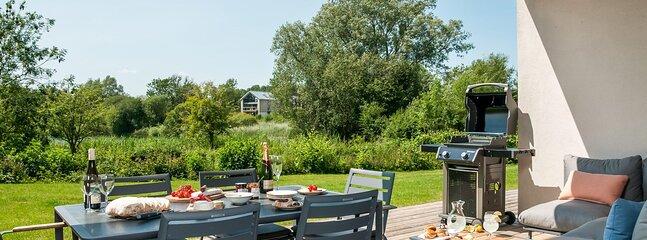 Somerford Keynes Town House Sleeps 6 - 5893118, vacation rental in Kemble