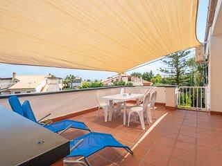 ARVILLA'S HOUSES. Sunshine apt in the villa. 3 Camere, 2 Bagni, 2 Terrazze.