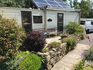 Holiday caravan/mobile home in rural setting near Redruth
