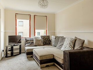 Beautiful 2-Bed Apartment in Aberdeen - Perfect!