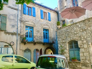 Charming 2 Bedroom Apartment in heart of Sauve