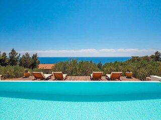 Villa Santa Domenica with Pool
